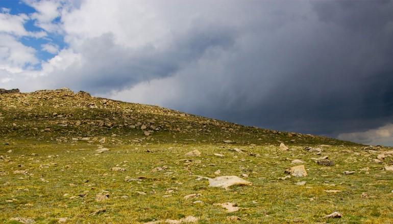 edit-col-storm-coming